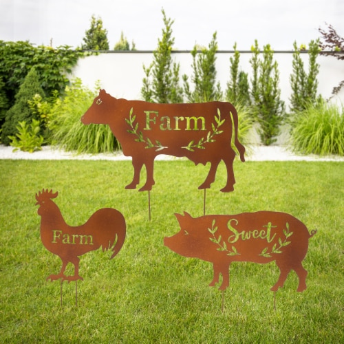 Glitzhome Farmhouse Metal Rustic Silhouette Yardstake Wall Decor Perspective: right