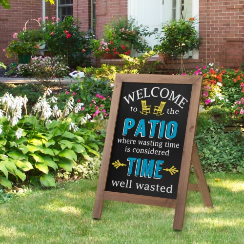 """Glitzhome """"Welcome to the Patio"""" Wood Framed Easel Porch Sign Perspective: right"""