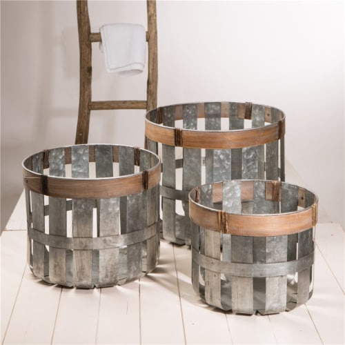 Glitzhome Galvanized Nesting Basket Storage Set Perspective: right