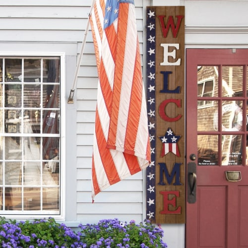 Glitzhome Wooden Patriotic Stars Welcome Porch Sign Perspective: right