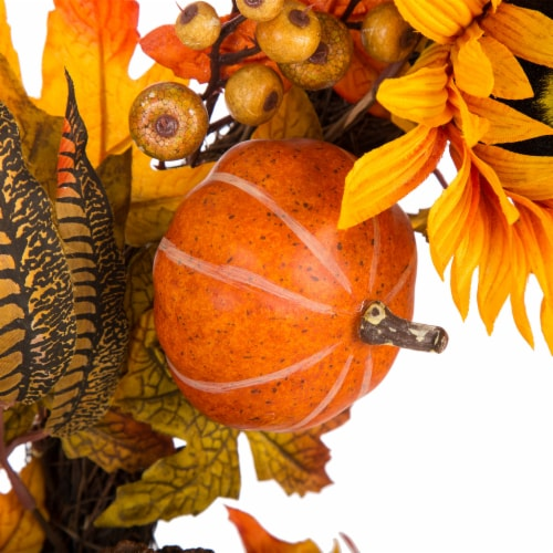 Glitzhome Sunflower Pumpkins & Pinecones Wreath Perspective: right