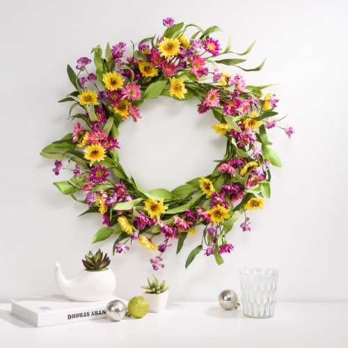 Glitzhome Multi-Colored Winter Artificial Chrysanthemum Wreath Perspective: right