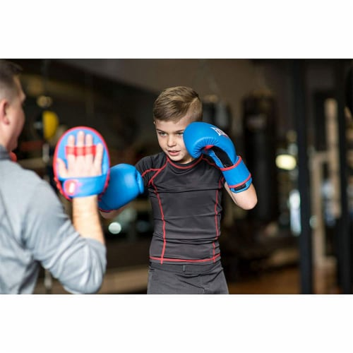 Everlast Prospect Youth Training Kit with Gloves, Headgear, and Mitts Perspective: top