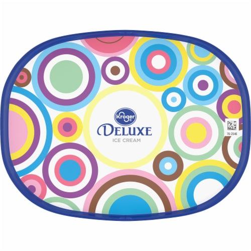 Kroger® Deluxe Cookies N' Cream Ice Cream Perspective: top