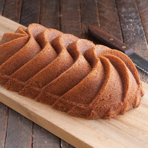 Nordic Ware Heritage Loaf Pan Perspective: top
