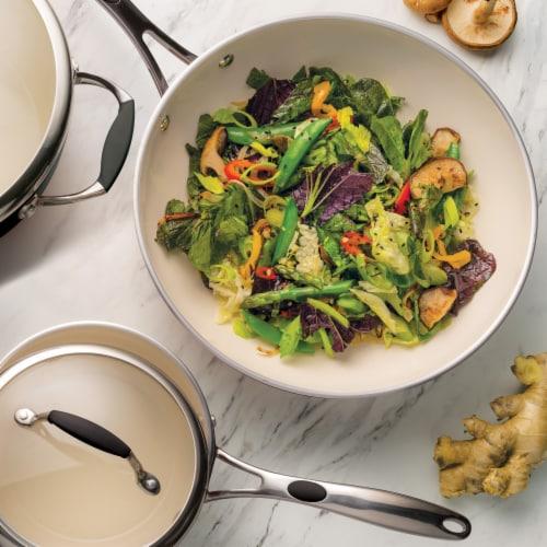 Tramontina Gourmet Stir-Fry Pan - Black Perspective: top