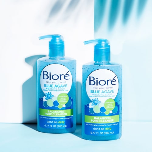 Biore Blue Agave and Baking Soda Balancing Pore Cleanser Perspective: top