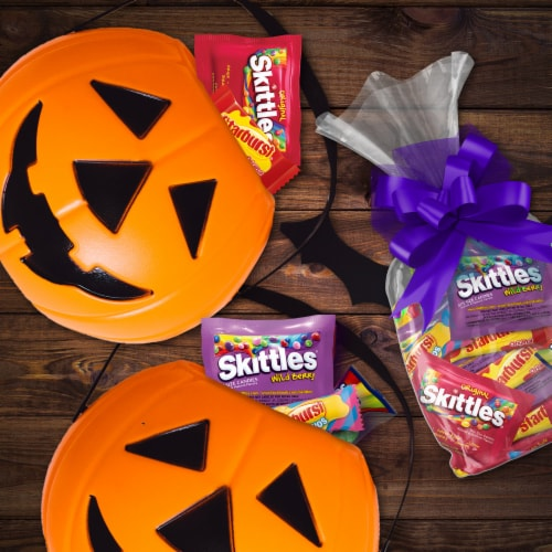 Mars Assorted Fun Size Halloween Candy Mix Perspective: top