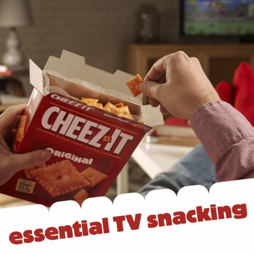 Cheez-It Baked Snack Cheese Crackers Original Perspective: top