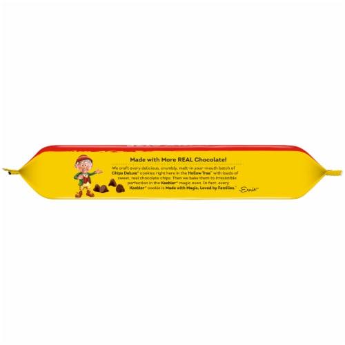 Keebler® Chips Deluxe® Original Chocolate Chip Cookies Perspective: top