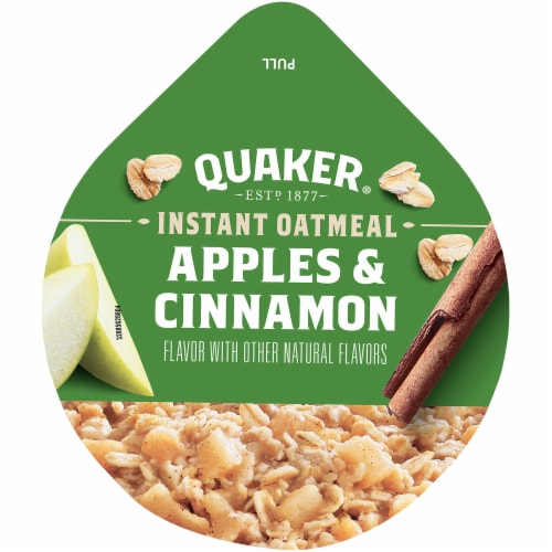Quaker Apples and Cinnamon Sugar Instant Oatmeal Cereal Cup Perspective: top