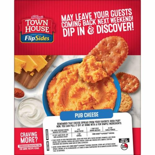 Kellogg's Town House® Baked Original Pretzel Flipsides Crackers Perspective: top