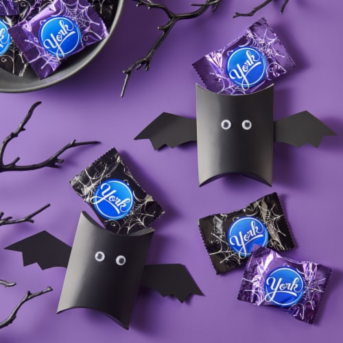 York Snack Size Peppermint Patties Halloween Candy Perspective: top