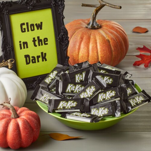 Kit Kat® Milk Chocolate Snack Size Halloween Crisp Wafers With Glow In The Dark Wrappers Perspective: top
