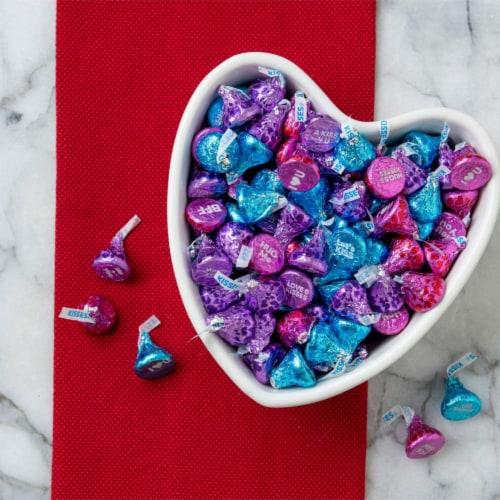 Hershey's Conversation Milk Chocolate Kisses Perspective: top
