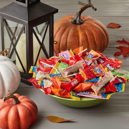 Hershey's Reese's, Jolly Rancher, Twizzlers, Whoppers, and Kit Kat® Candy Assortment Perspective: top