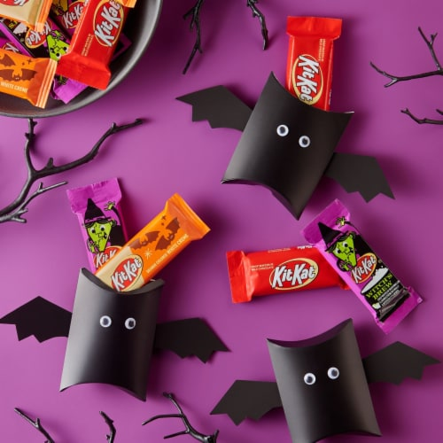 Kit Kat Halloween Lovers Candy Assortment Snack Size Perspective: top