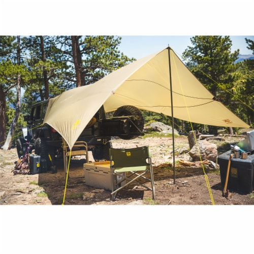 Slumberjack Roadhouse Outdoor Tarp Lightweight Vehicle Car Shelter Camping Cover Perspective: top
