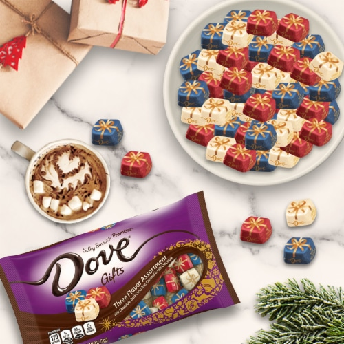 DOVE PROMISES Holiday Gifts Assorted Chocolate Christmas Candy Perspective: top