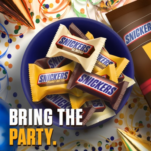 SNICKERS Chocolate Candy Bars Fun Size Variety Mix Perspective: top