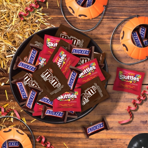 Mars Snickers Skittles & M&M's Candy Variety Pack Perspective: top