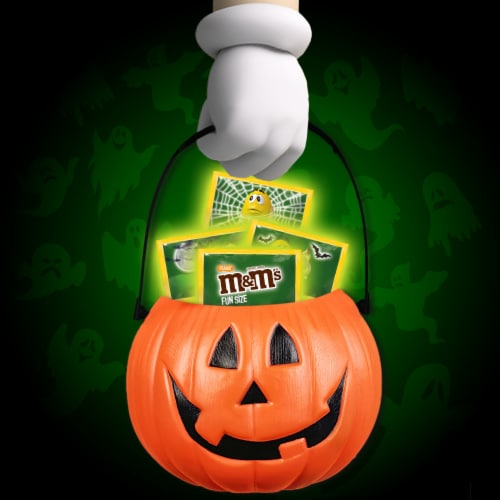 M&M'S Peanut Milk Chocolate Glow In The Dark Fun Size Halloween Trick or Treat Packs Perspective: top