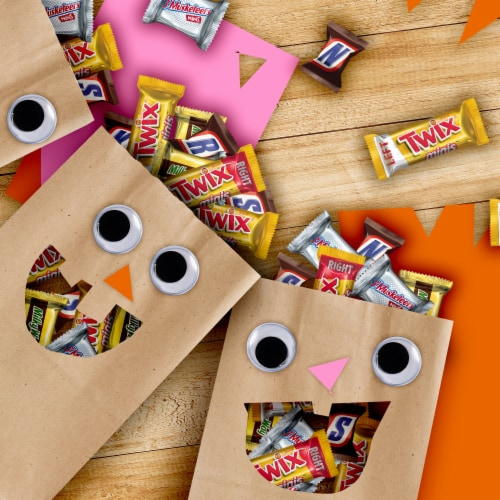 Mars Chocolate Halloween Candy Variety Bag Perspective: top