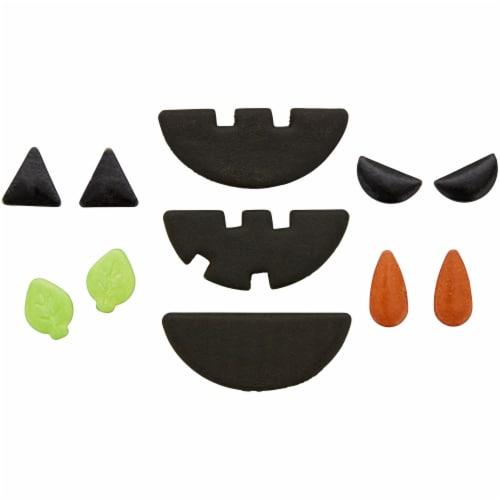 Holiday Home Pumpkin Face Baking Decor Kit Perspective: top