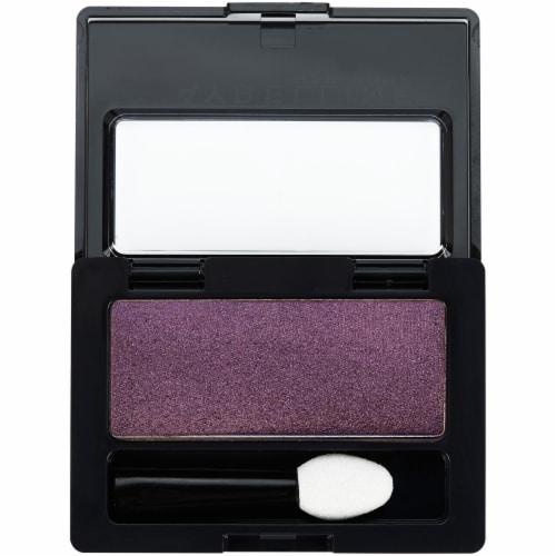 Maybelline Expert Wear Humdrum Plum Eyeshadow Perspective: top