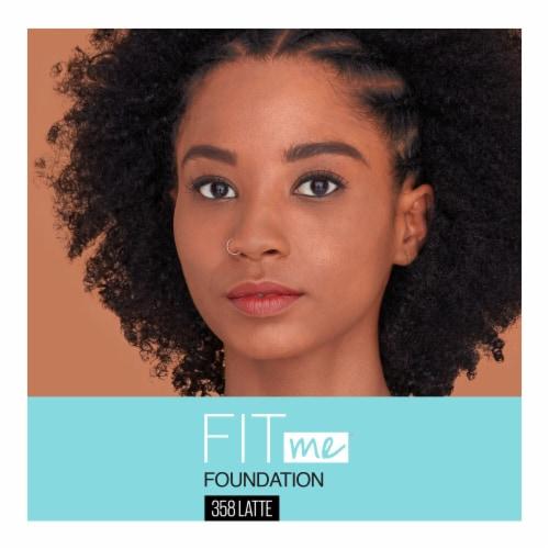 Maybelline Fit Me Matte + Poreless Latte Liquid Foundation Perspective: top