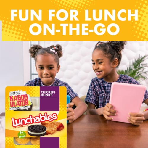 Lunchables Chicken Dunks Snack Kit with Chocolate Sandwich Cookies Perspective: top