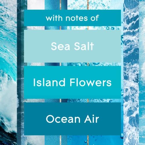 Glade® Invigorating Aqua Waves Candle Perspective: top