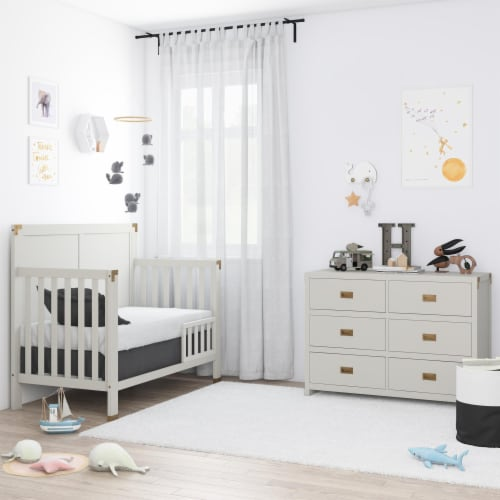 Baby Relax Miles 6-Drawer Dresser Perspective: top