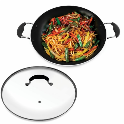 Starfrit 033170-002-0000 Jumbo 13.5-Inch Wok with Lid Perspective: top