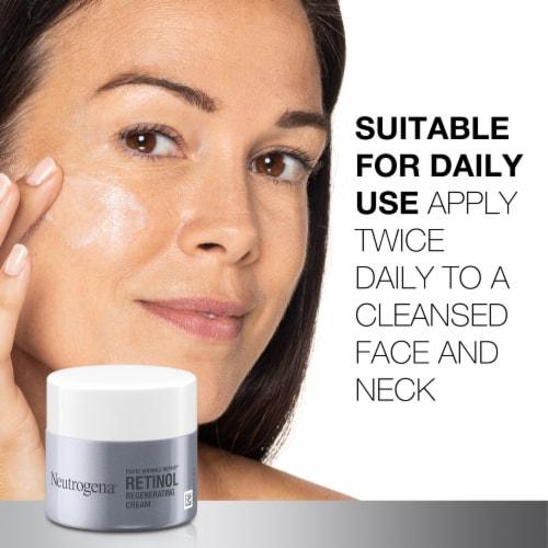 Neutrogena Rapid Wrinkle Repair Regenerating Cream Perspective: top