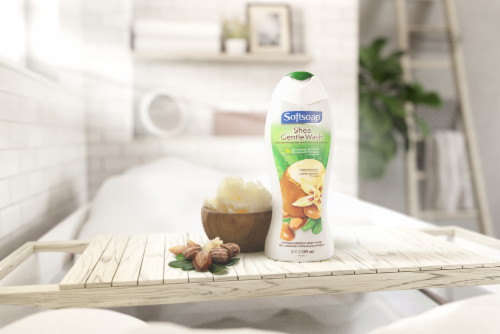 Softsoap Shea & Almond Oil Moisturizing Body Wash Perspective: top
