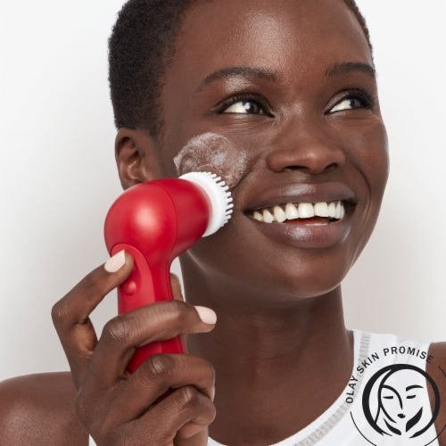 Olay Regenerist Advanced Anti-Aging Facial Cleansing Brush Kit Perspective: top