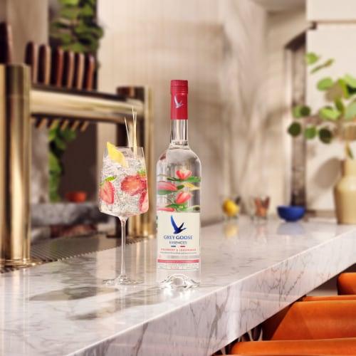 Grey Goose Strawberry & Lemongrass Vodka Perspective: top