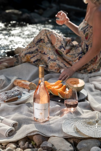 Chateau D'esclans Whispering Angel Rose Wine Perspective: top