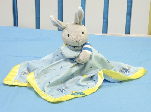 """Kids Preferred Classic """"Goodnight Moon"""" Blanky and Rabbit Perspective: top"""