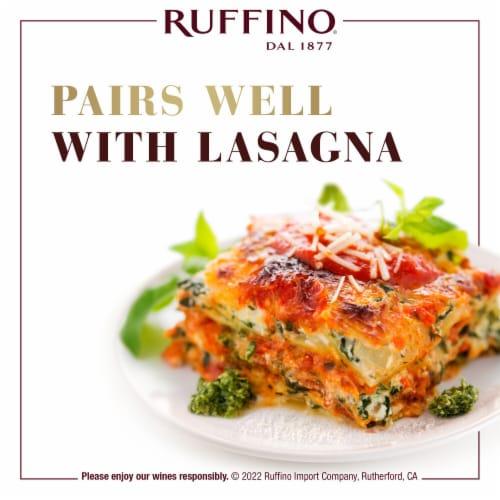 Ruffino Riserva Ducale Oro Gran Selezione Chianti Classico Red Wine Perspective: top