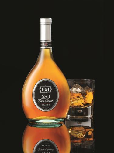 E&J XO Extra Smooth Brandy Perspective: top