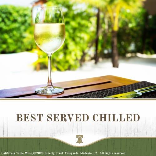 Liberty Creek Chardonnay White Wine Perspective: top