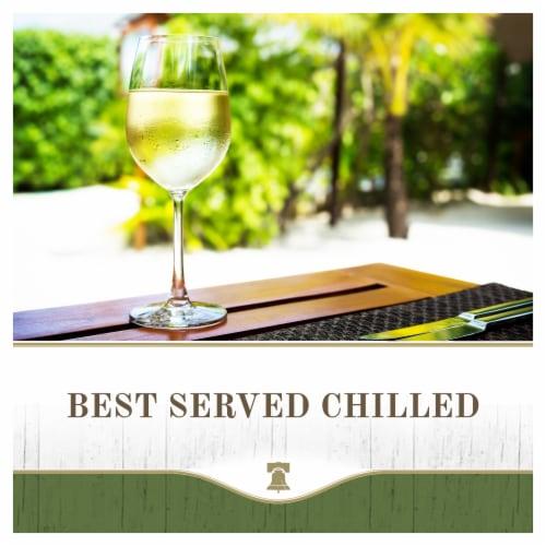 Liberty Creek Vineyards Pinot Grigio White Wine Perspective: top