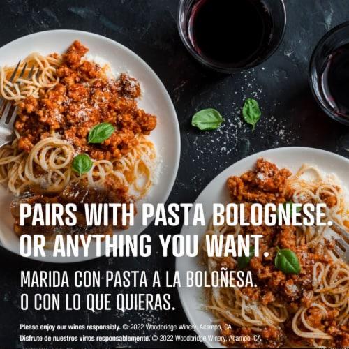 Woodbridge by Robert Mondavi Cabernet Sauvignon Merlot Red Wine Perspective: top