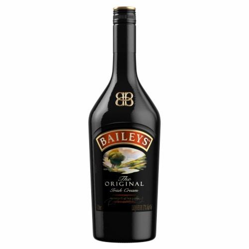 Baileys™ Original Irish Cream Liqueur Perspective: top