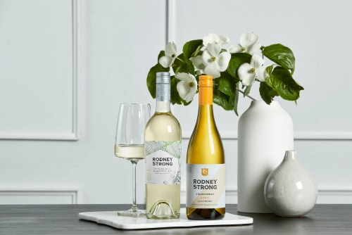 Rodney Strong Chardonnay White Wine Perspective: top
