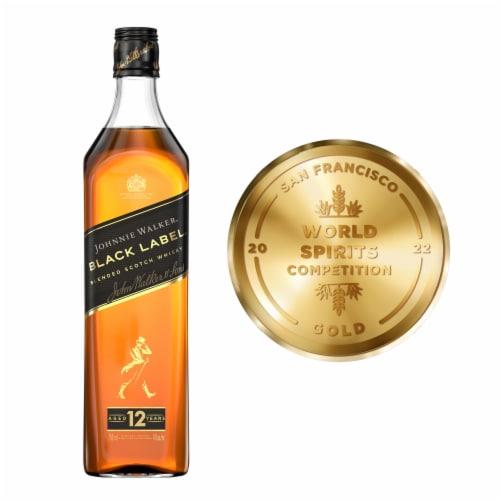Johnnie Walker Black Label Blended Scotch Whisky Perspective: top