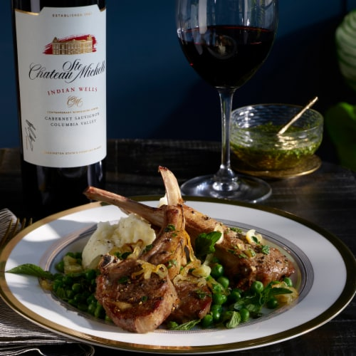 Chateau Ste Michelle Indian Wells Cabernet Sauvignon Red Wine Perspective: top