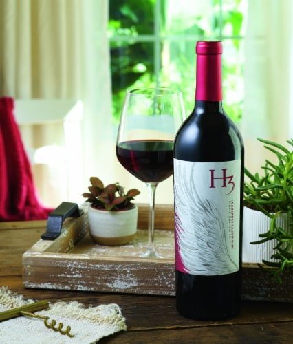 Columbia Crest H3 Cabernet Sauvignon Red Wine Perspective: top